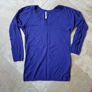 Gap Pure blue sweater